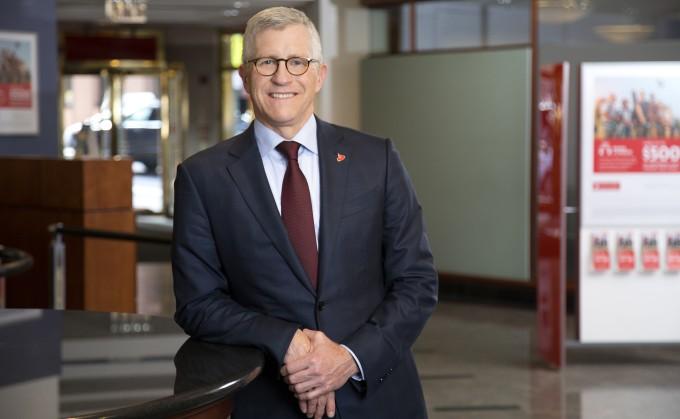 CEO-Scott-Powell-to-depart-Santander-Consumer-in-Dallas-to-Wells-Fargo